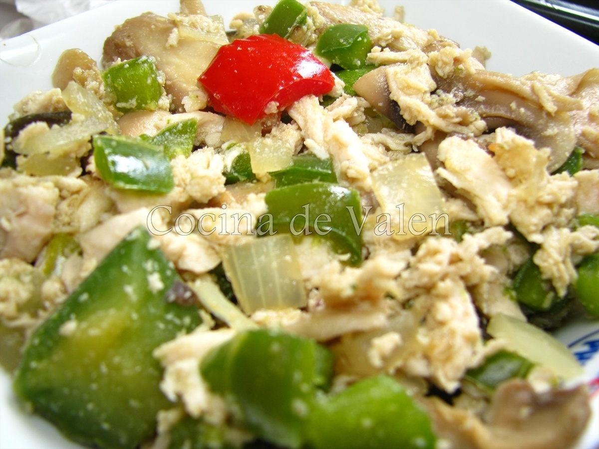 Empanada de Hojaldre rellena de pollo y verduras - Cocina de Valen