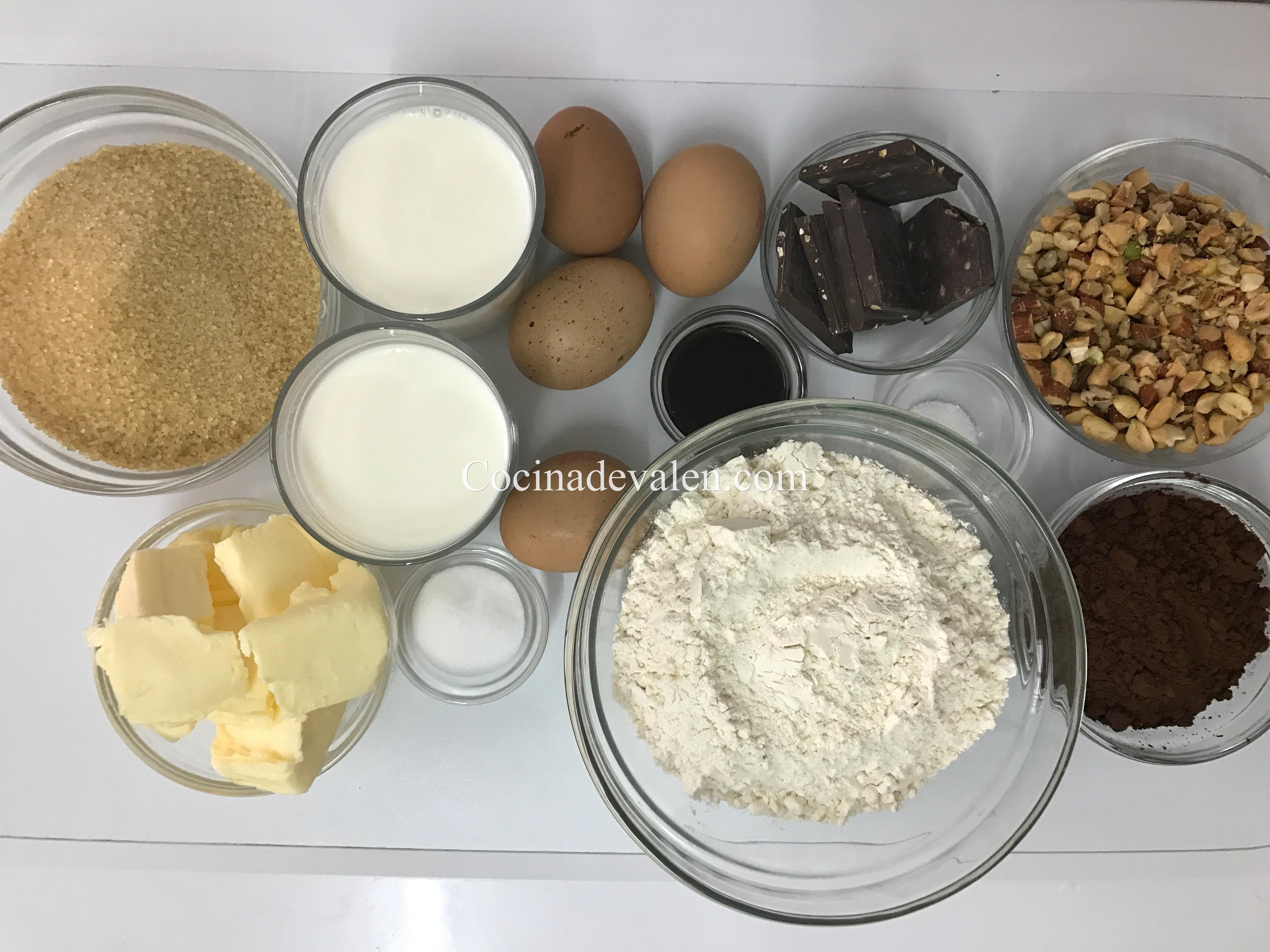 Bizcocho de Chocolate y frutos secos - Cocina de Valen