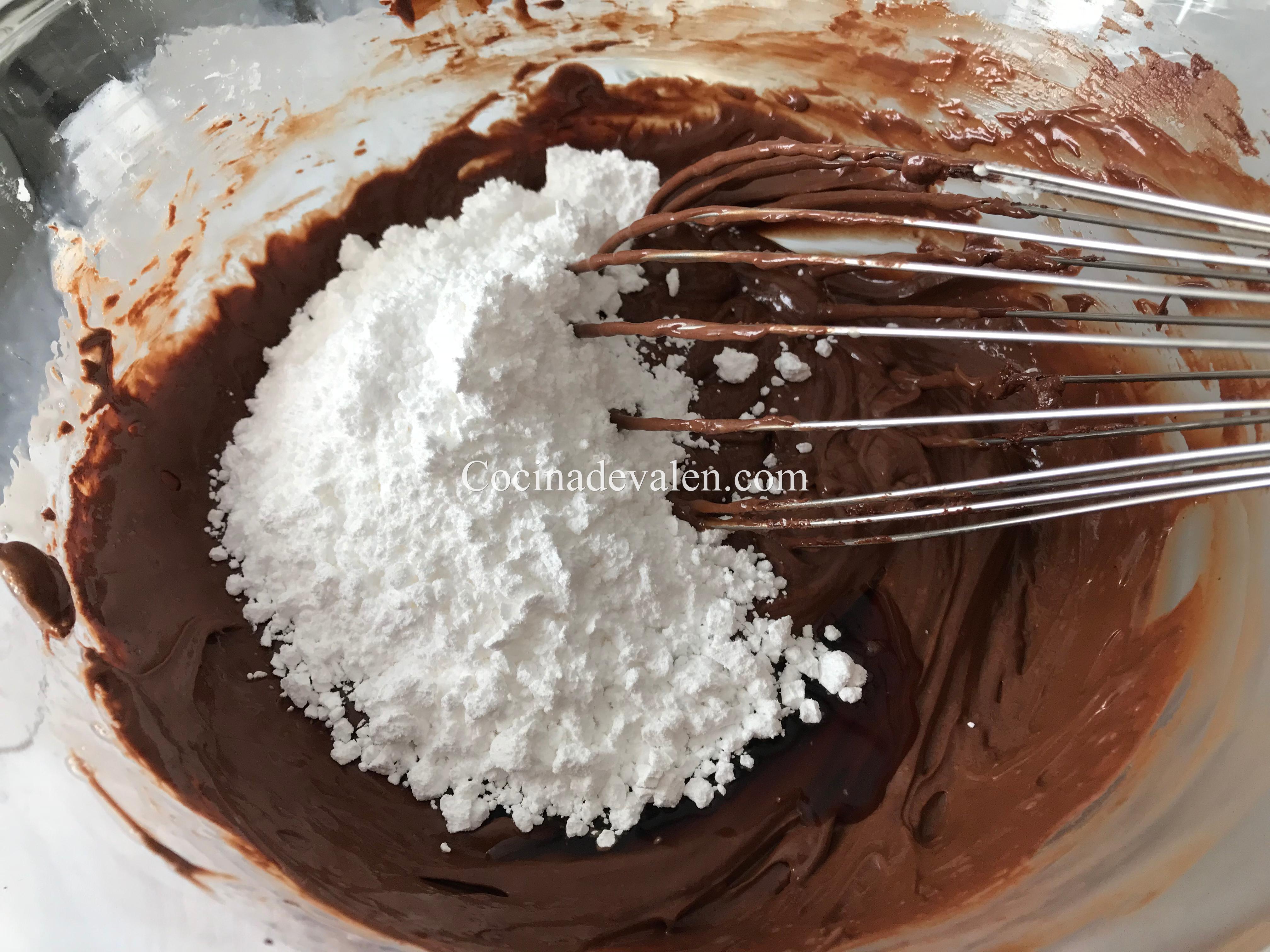 Tarta tipo brownie